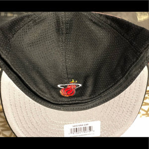 New era 7 1/2 Miami Heats Hat Black Fitted
