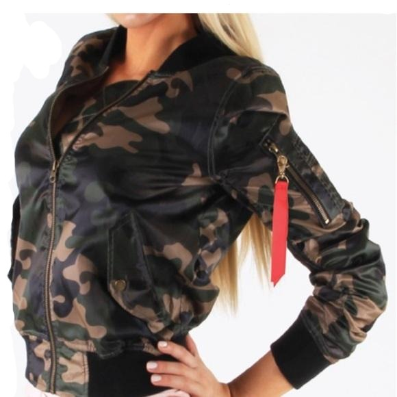 Women's Plus Size Camo Army Green Bomber Jacket