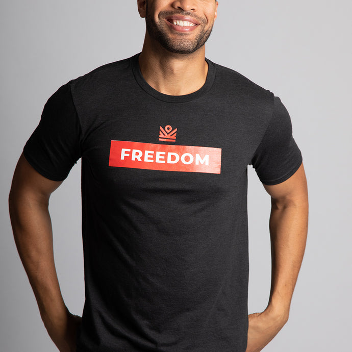 graphic tee </br> black freedom