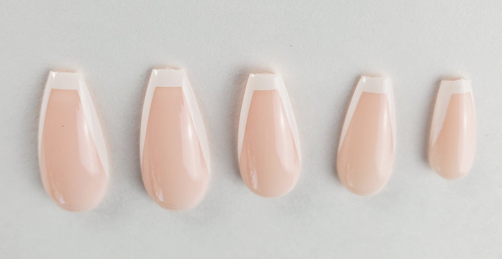 French Coffin Nails - Chrestelle