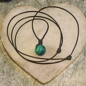"The ""Deep Transformation"" Malachite Necklace - The Magic Moon Garden"