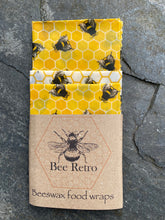 Load image into Gallery viewer, bees , bee design, bee, bee products, Beeswax wraps, beeswax food wrap, food wrap, reusable food wrap, best beeswax wrap, beeswax wrap uk, beeswax wrap Cornwall, handmade beeswax wrap, wax food wraps, eco wrap, food wrap, food packaging