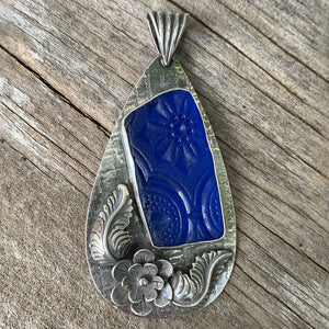 Puerto Rican large blue flower pattern sea glass pendant