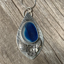 Load image into Gallery viewer, Midnight Blue Pendant