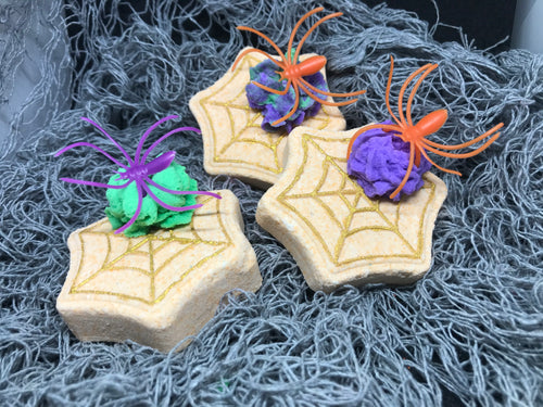 Cobweb Bath Bombs