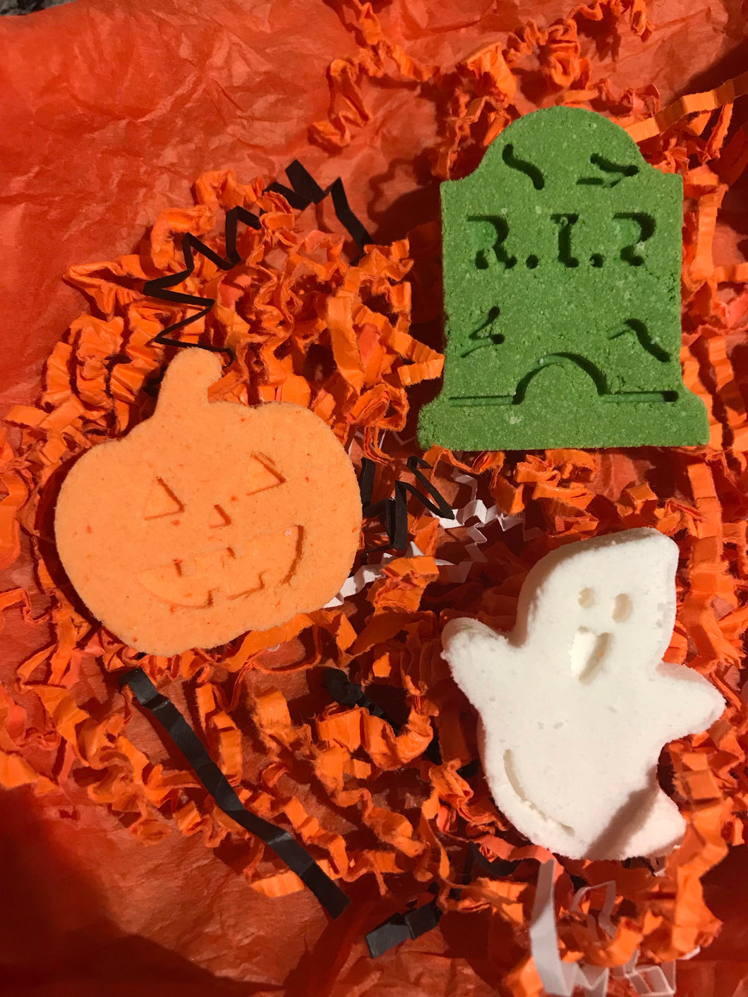 Trick or Treat Micro Bath Bomb Set