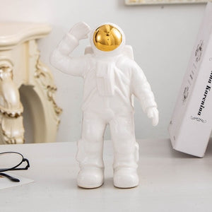 Modern Astronaut Ceramics Crafts Sculpture Home Decoration Ornament