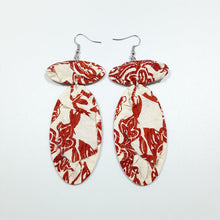Load image into Gallery viewer, Cream Autumn Red Flower Earrings
