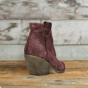 Elegant Bohemian Pointed Toe Boots