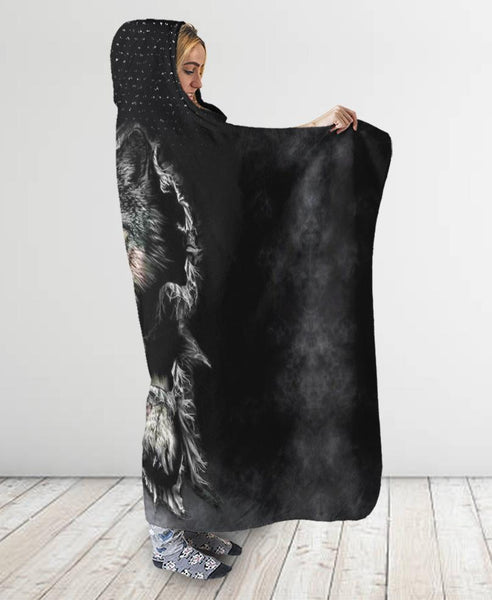 Black Wolf Hooded Blanket