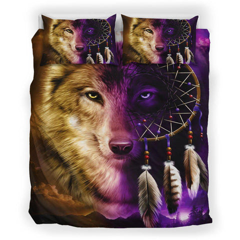 Native Two-Color Wolf
