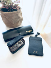 Load image into Gallery viewer, Personalised ID and card holder - Black