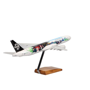 Aircraft Models - Air New Zealand Hobbit Livery 777-300 Limited Edition Large Mahogany Model