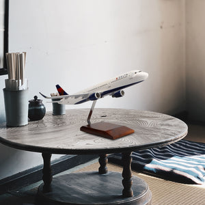 Airbus A321-200 Delta Air Lines Limited Edition Large Mahogany Model