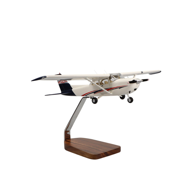 Aircraft Models - ATP Piper Cessna CE-172 Skyhawk Clear Canopy Large Mahogany Model