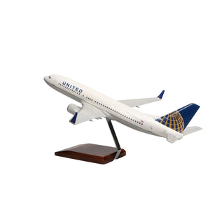 Aircraft Models - Boeing 737-800 United Airlines (Current Livery) Limited Edition Large Mahogany Model