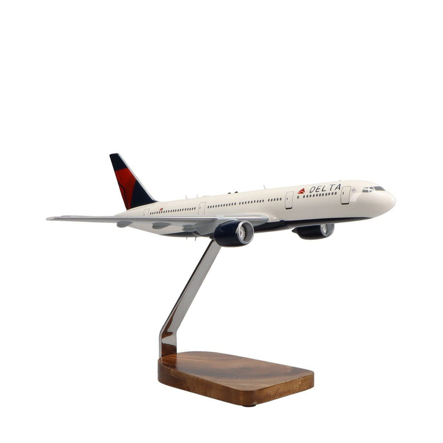 Aircraft Models - Boeing 777-200LR Delta Air Lines Limited Edition Large Mahogany Model