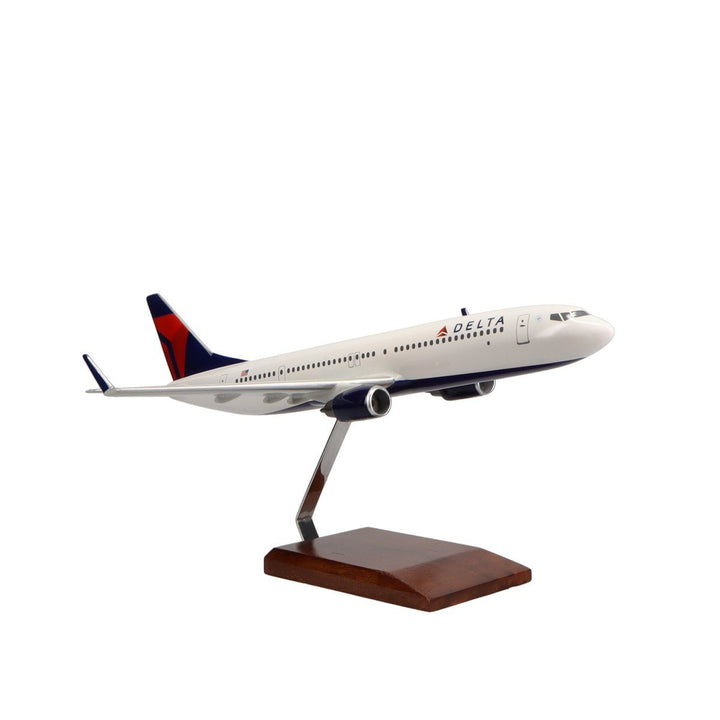 Aircraft Models - Delta Air Lines Boeing 737-900ER Limited Edition Large Mahogany Model