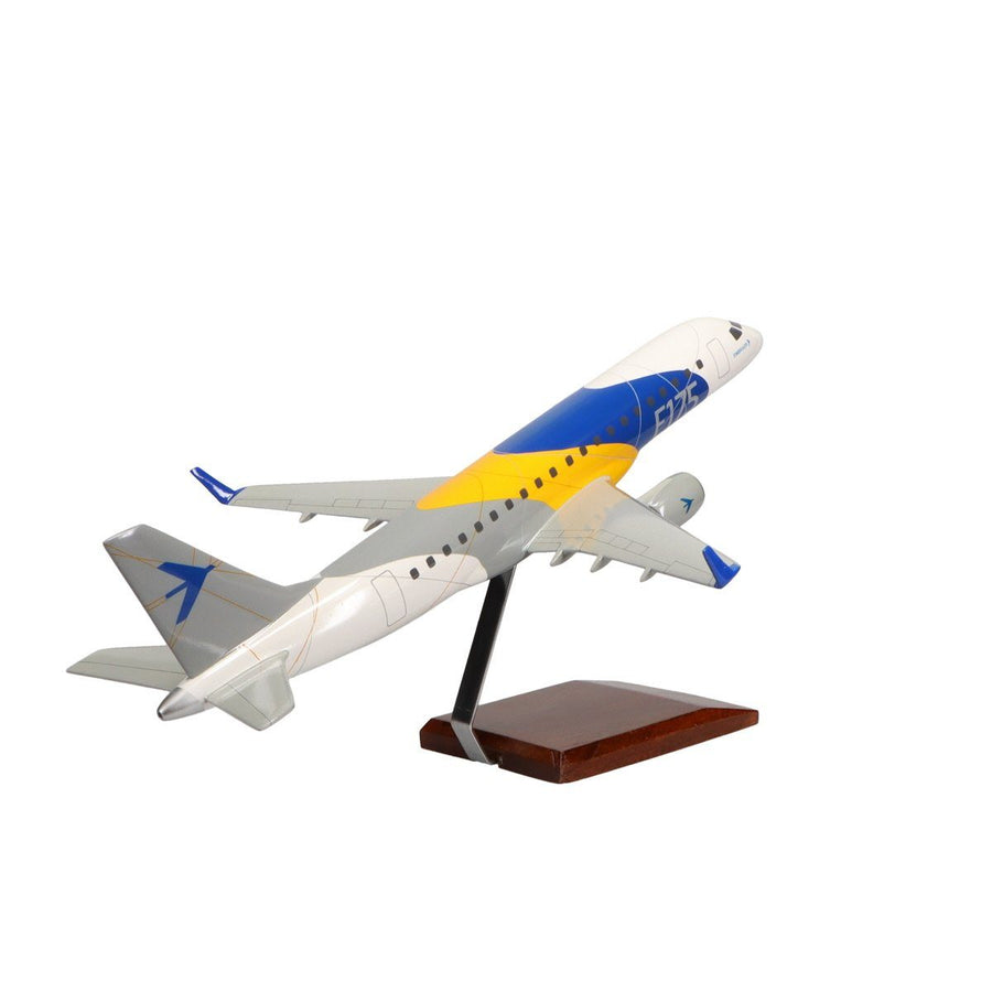 Aircraft Models - Embraer E-175 (Factory Colors) Limited Edition Large Mahogany Model