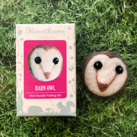 Barn Owl Needle Felt Brooch Kit