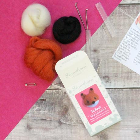 Fox Needle Felt Brooch Kit