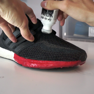 Super Black - Kaps - Lion Feet - Sneaker Restoration