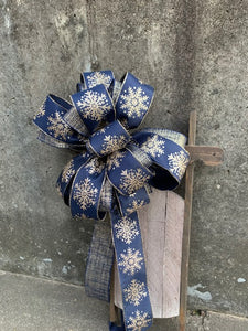 Winter Bow Wired Ribbon Accent Bow for Wreaths Centerpieces Lanterns Garlands Door Hanger