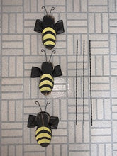 Load image into Gallery viewer, Primitive Rustic Bumble Bee Pick for Planter or Centerpiece