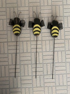 Primitive Rustic Bumble Bee Pick for Planter or Centerpiece
