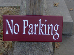 No Parking Wood Vinyl Sign Country Red Wall Hanging Driveway Sign Garage Sign Home Sign Custom Wall Decor Door Signs Door Decor Gate Signs