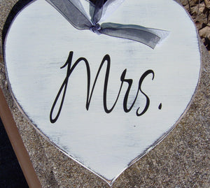 Wedding Mr. Mrs. Hearts Farmhouse Distressed Wood Signs Vinyl Bride Goom Wedding Gift Wedding Shower Giftware Chair Hanger Wedding Decor