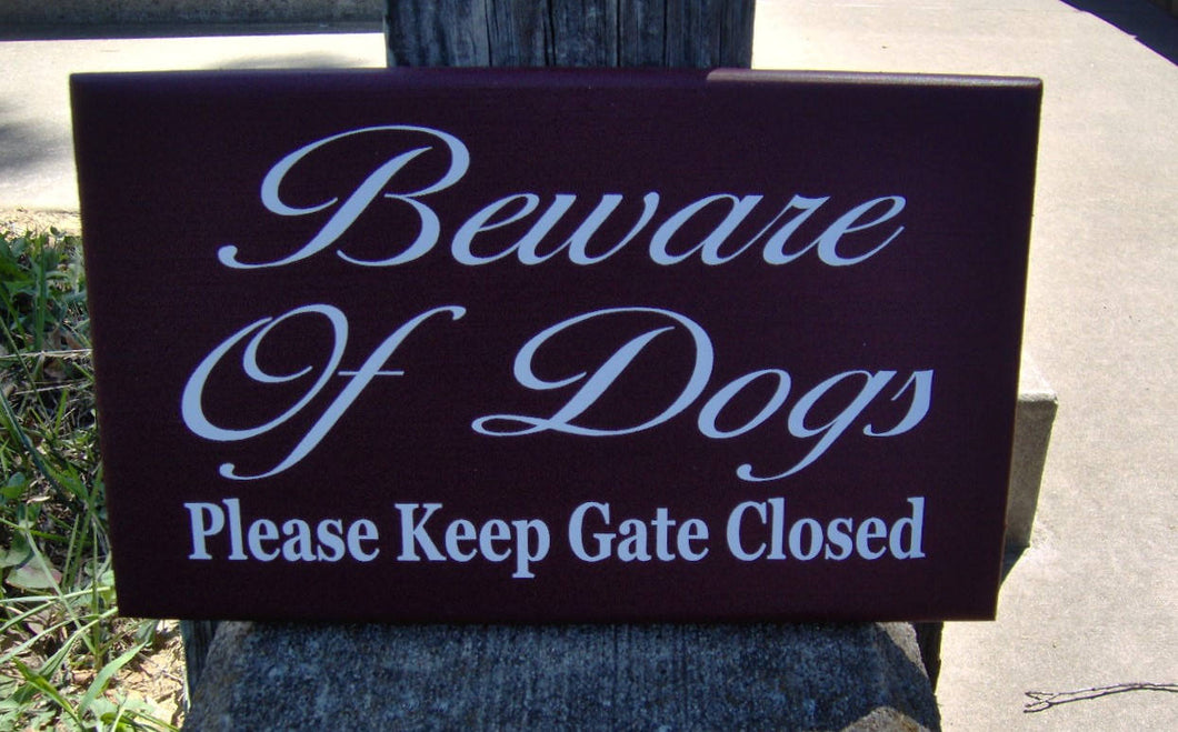 Beware of Dogs Please Keep Gate Closed Wood Sign Vinyl Outdoor Yard Sign Fence Garden Gate Hanger Home Door Decor Dog Lover Signs Gift Pet - Heartfelt Giver