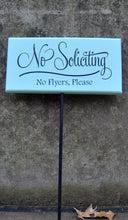 Load image into Gallery viewer, No Soliciting Sign No Flyers Please Wood Vinyl Yard Stake Sign Porch Sign Home Decor Sign Garden Sign Yard Sign Do Not Disturb Wooden Sign