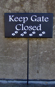 Keep Gate Closed Wood Vinyl Stake Sign Paw Print Yard Art Sign Outdoor Dog Sign Pet Supplies Dog Decor Gate Sign Fence Sign Garden Lawn Sign
