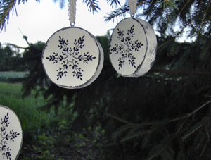Snowflake Ornaments Wood Tree Ornaments Distressed Christmas Decorations Winter Rustic Farmhouse Decor Holiday Snowflake Tree Vinyl Design