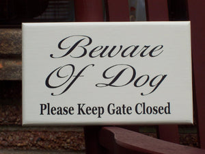 Beware Dog Please Keep Gate Closed Wood Sign Vinyl Pet Signs For Home Outdoor Gate Sign Personalized Dog Door Decor Pet Accessories Yard Art