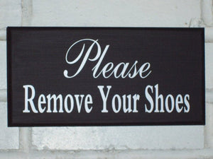 Please Remove Shoes Wood Vinyl Sign Door Hanger Porch Wall Take Off Shoes Sign Front Door Decor Entrance Sign Entryway Wall Decor Plaque Art