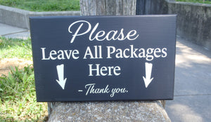 Please Leave Packages Here with Arrows Wood Vinyl Front Door Hanger Sign for Front Entryway Porch Outdoor Directional Signs Arrow Sign Yard