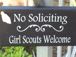 No Soliciting Girl Scouts Welcome Signs Wood Plaque Vinyl Sign Do Not Disturb Unless Kid Entryway Sign Porch Decor Home Sign Decor Yard Sign