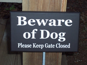 Beware of Dog Please Keep Gate Closed Wood Vinyl Yard Garden Stake Sign Outdoor Home Decor Pet Supply Lawn Ornament Dog Quote Wood Sign