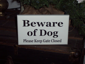 Beware of Dog Sign Please Keep Gate Closed Wood Vinyl Outdoor Sign Farmhouse Sign Garden Yard Art Outdoor Gate Sign Pet Signs Pet Supplies