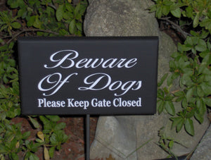 Beware of Dogs Sign Please Keep Gate Closed Wood Vinyl Outdoor Yard Stake Sign Dog Lover Signs For Home Pet Supplies Garden Gate Fence Sign - Heartfelt Giver