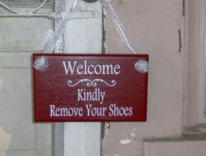 Welcome Kindly Remove Your Shoes Wood Vinyl Sign Farmhouse Rustic Red Style Home Decor Front Porch Signs Door Hanger Country Take Off Shoes