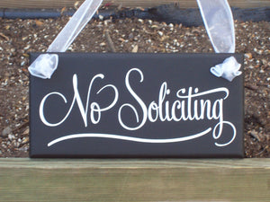 No Soliciting Wood Vinyl Sign Retro Modern Home Decor Sign Porch Signs Door Hanger Gate Fence Outdoor Garden Decor Handmade Personalized - Heartfelt Giver