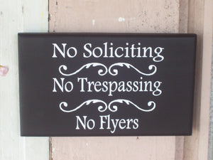 No Soliciting No Trespassing No Flyers Wood Sign Vinyl Home Living Decor Signs Private Do Not Disturb Knock Wall Hanging Front Door Hanger - Heartfelt Giver