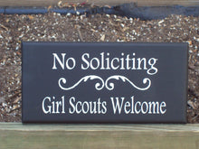 Load image into Gallery viewer, No Soliciting Girl Scouts Welcome Signs Wood Vinyl Sign Wreath Outdoor Sign Entry Door Hanger Signs Yard Signs Porch Wall Hanging Home Decor
