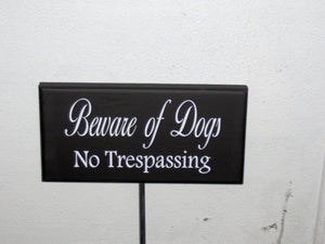 Beware Of Dogs No Trespassing Wood Vinyl Yard Stake Sign Home Yard Sign Yard Decor Porch Sign Garden Security Pet Supplies Guard Dog Sign - Heartfelt Giver