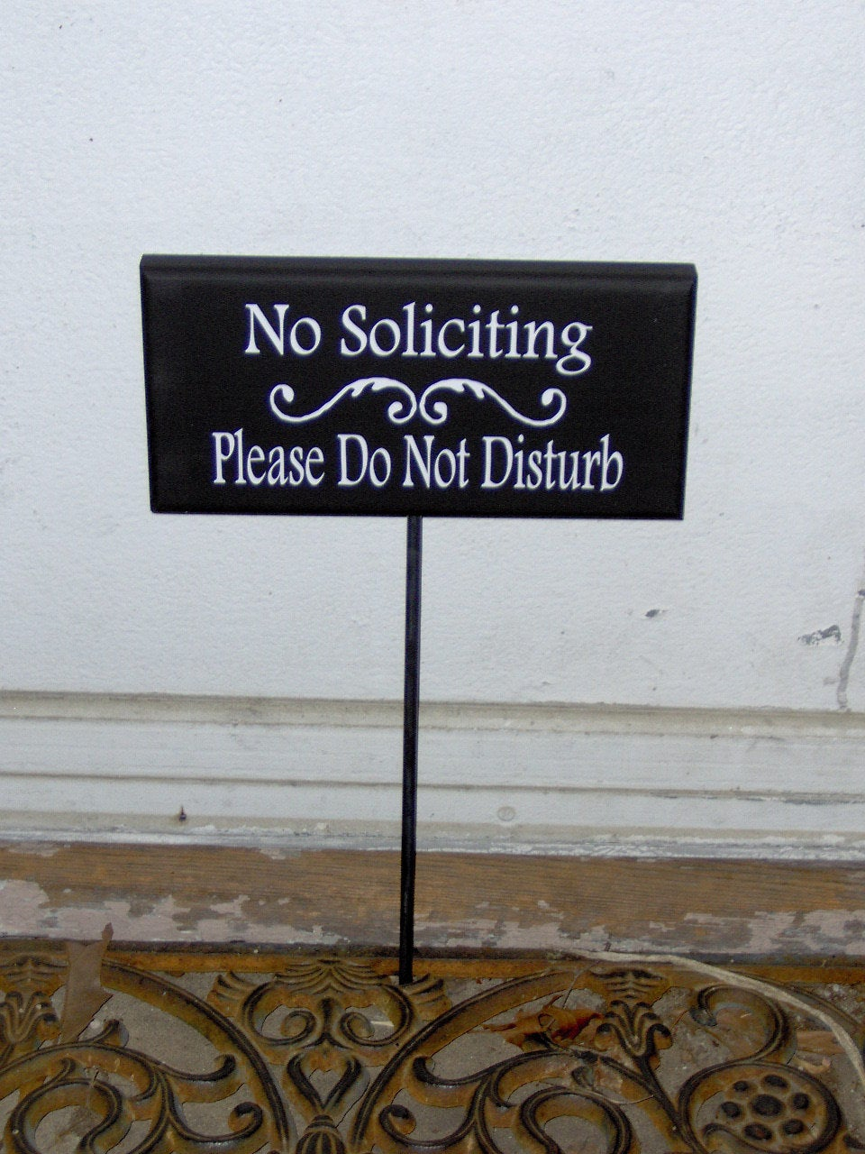 No Soliciting Please Do Not Disturb Wood Sign Vinyl Sign Rod Yard Stake Sign Plaque Garden Sign Handmade Home Decor Outdoor Sign Porch Sign