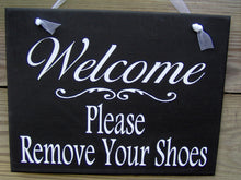Load image into Gallery viewer, Welcome Please Remove Your Shoes Wood Vinyl Sign Porch Entry Front Door Hanger Plaque Decorative Design Home Decor Simplicity Whimsy Cottage