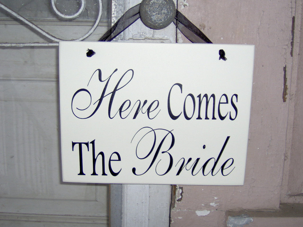 Wedding Sign Here Comes The Bride Wood Vinyl Sign Flower Girl Ring Bearer Wedding Plaque Photo Prop Supplies Unique Gift Bridal Shower Decor